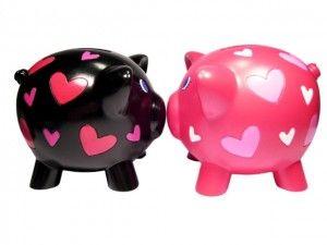 Cofres de porquinhos, rosa e preto