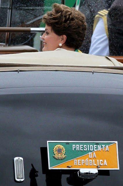 Placa do carro oficial na posse de Dilma como presidenta