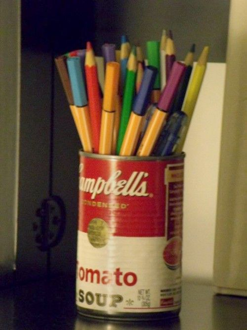 Porta lápis e canetinhas: lara de Campbell's Soup.