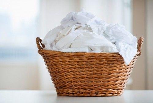 Cesto de roupa limpa. Foto: Inmagine.