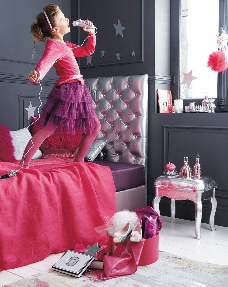 Decoração de quarto de menina em cinza, prata, roxo e rosa. Foto: Maisons du Monde.