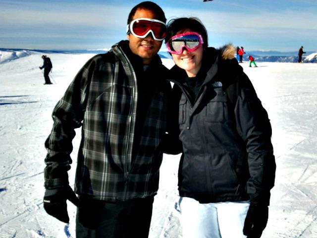 Cintia e Caue na neve