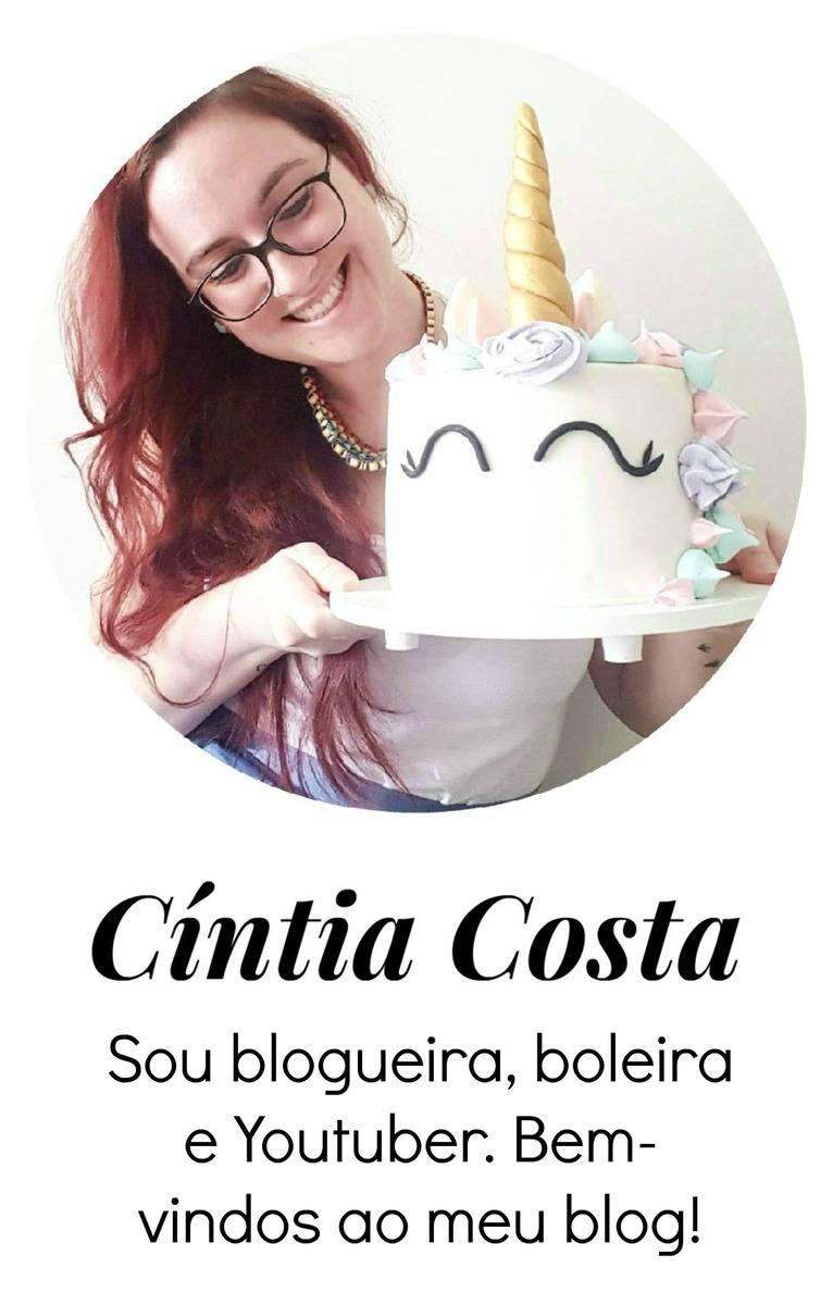 Foto: Cíntia Costa, blogueira, boleira e Youtuber.