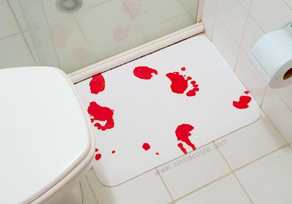 Tapete de banheiro sangrento. Foto: cintiacosta.com