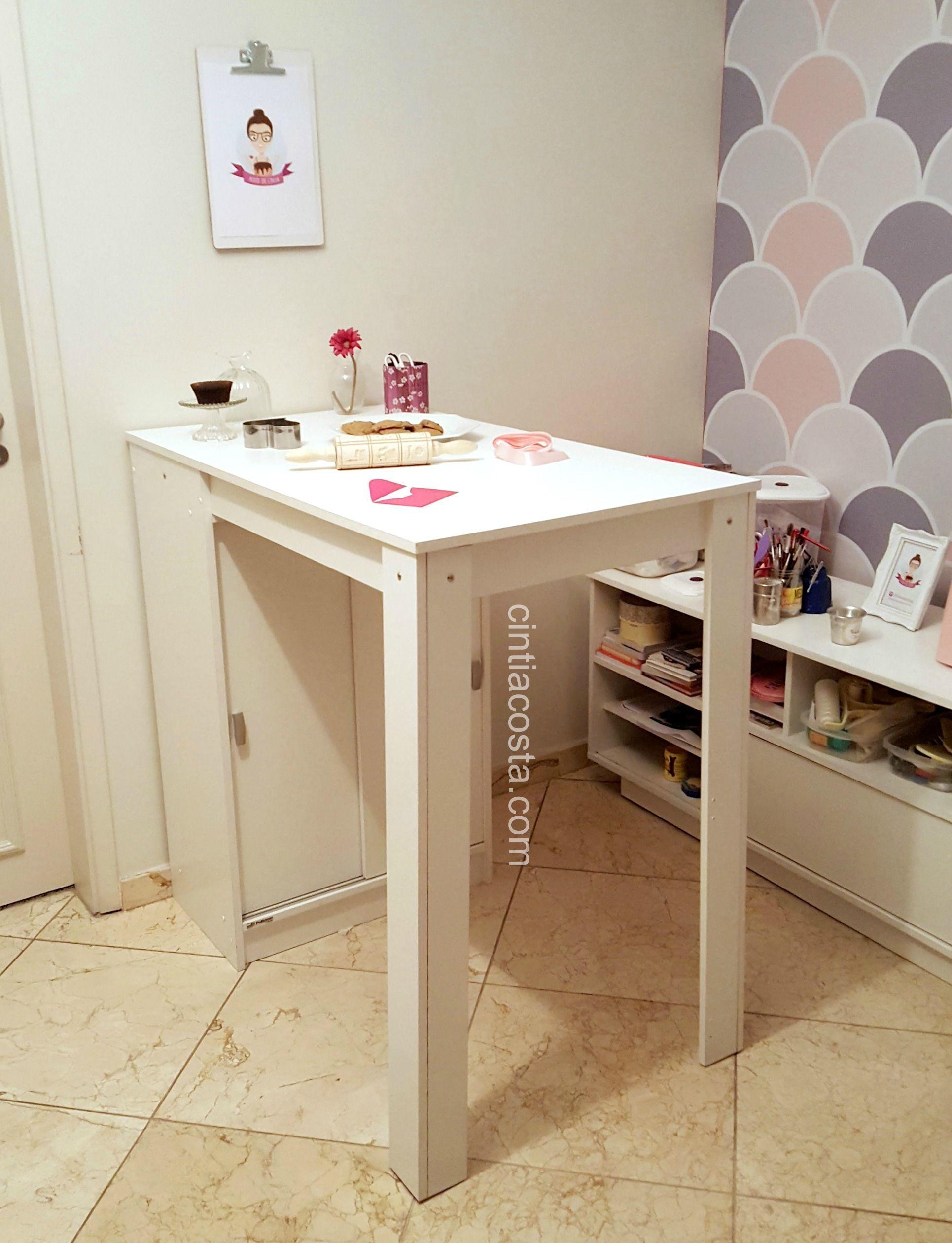 Decoração da sala: mesa alta compacta modelo Modena da Politorno. Foto: cintiacosta.com