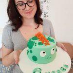 Bolos de mesversário do bebê da Lia Camargo, Fefê. Bolo de 6 meses, tema dinossauro. Por Bolos da Cíntia.