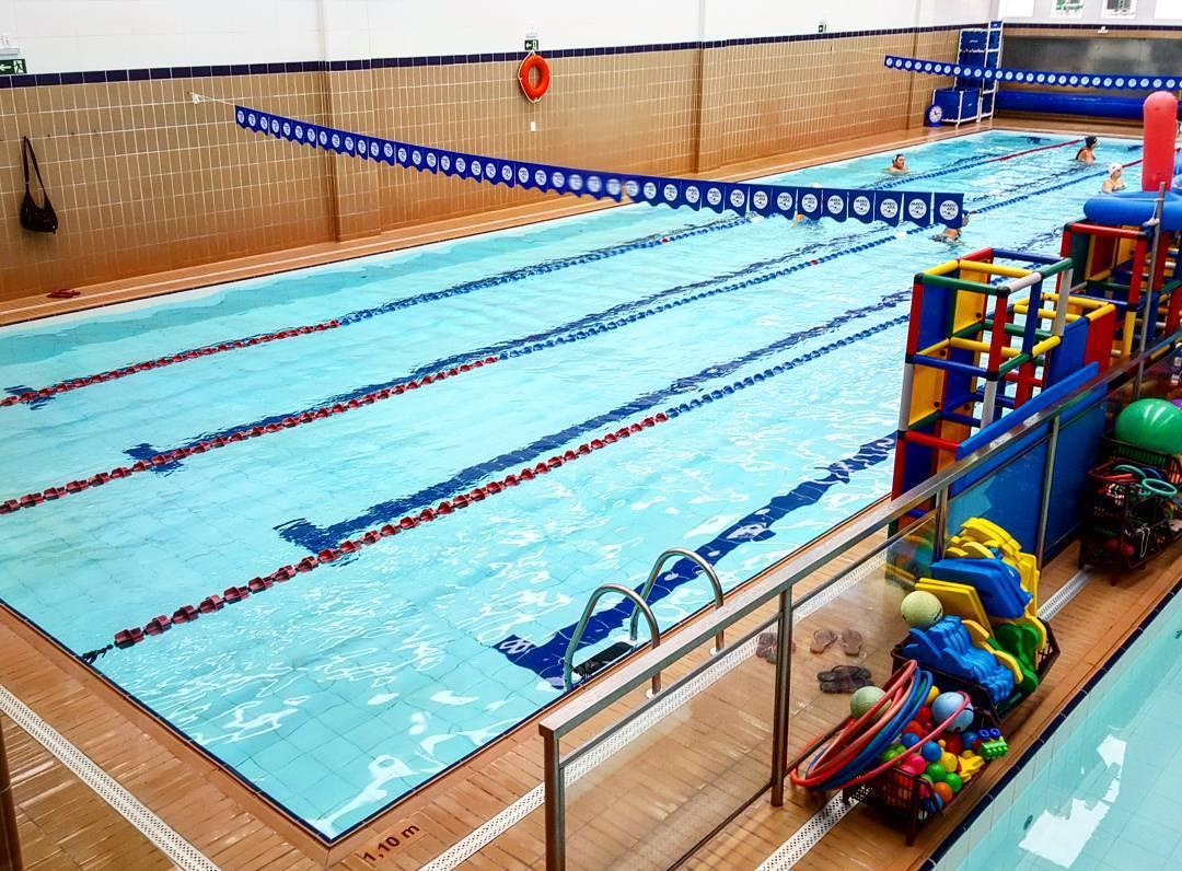 Mundo Azul - escola natação em Pinheiros, São Paulo: água tratada com sal. Foto: www.cintiacosta.com