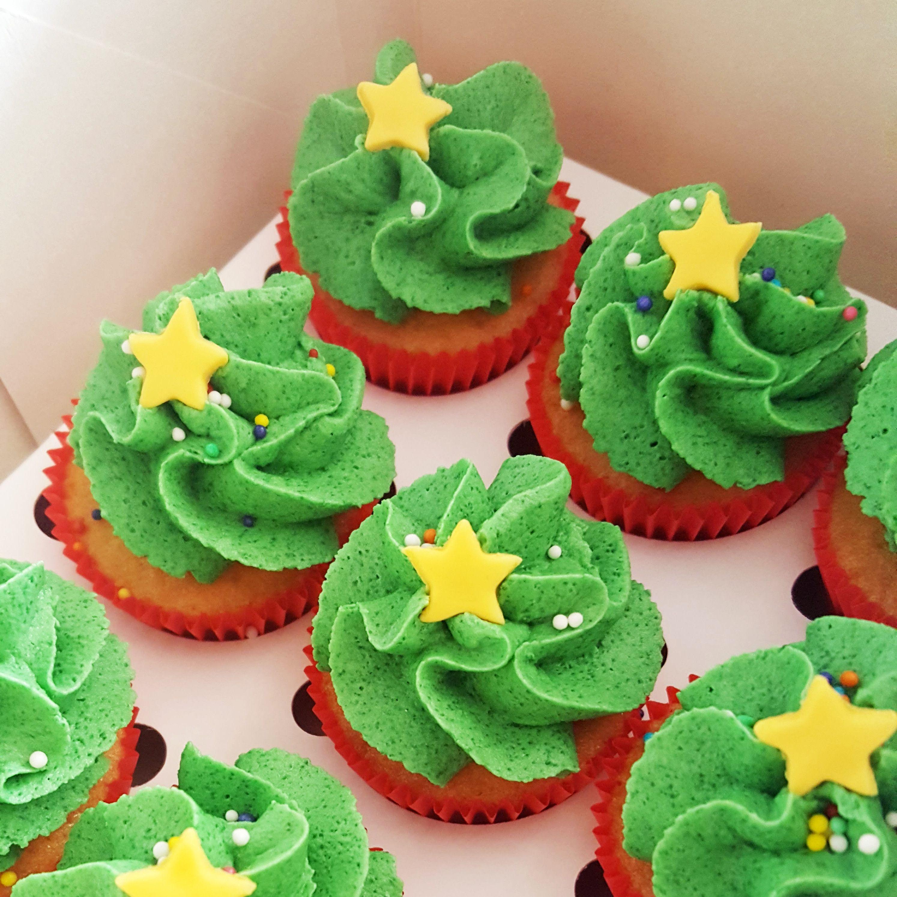 Cupcakes de árvore de Natal por Bolos da Cíntia. Foto: Cíntia Costa.