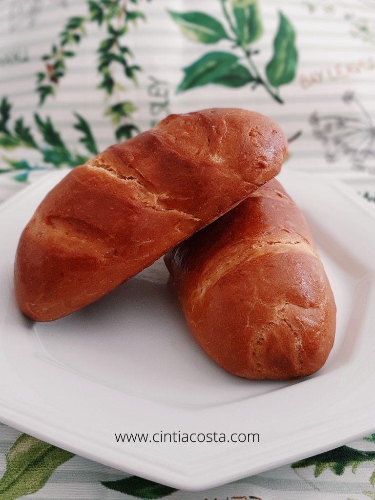 Receita de pão caseiro recheado ou simples